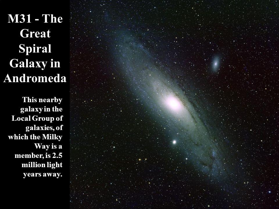 Ο Πυρήνας του Μ31 (NOAO/AURA Photos) Young stars have formed along the foreground spiral arm.