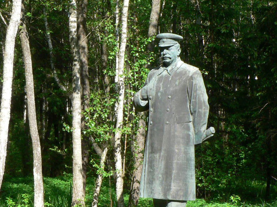 Grutas_Stalin.jpg